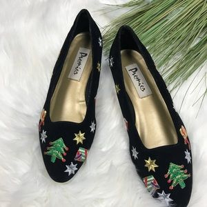 Vintage Velvet Christmas Shoes Loafers Embroidered
